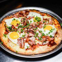 Emily Daniels pizza