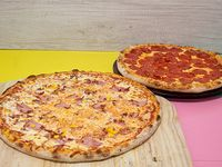 Promo 2 pizzas - Mr. Pig familiar (38 cm) + Pepper's mediana (30 cm)