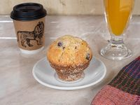Desayuno - Café + muffin + jugo