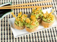 Hot guacamole roll