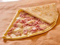 Crepe relleno de jamón y queso