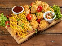 Pack 3 - Milanesitas de pollo + papas fritas con cheddar + aros de cebolla