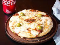 Pizza individual de muzzarella
