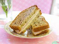 Sandwich de pan de nuez