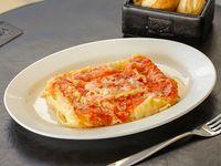 Lasagna Porto Vanila con salsa