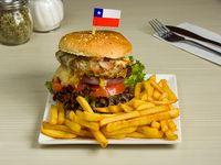Combo hamburguesa - Hamburguesa + gaseosa 330 ml + ración de papas grandes
