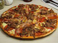 Pizza cuatro carnes