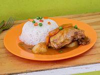 24 -  Arroz con estofado de pollo