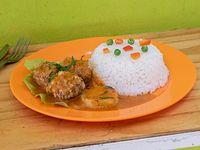 27 - Albóndigas de carne con arroz