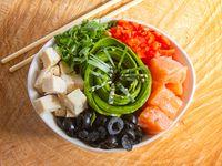 Gohan (Sushi al Plato) - Base de arroz con 2 proteínas y 3 vegetales a elección