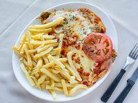 Milanesa napolitana con  puré o papas fritas