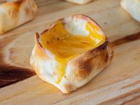 Canastita de panceta y queso cheddar