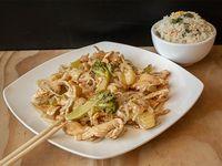 Colación - Chapsui de pollo con arroz chaufan