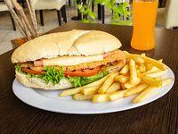 Combo 6 -  Sándwich de milanesa de pollo + papas fritas + bebida
