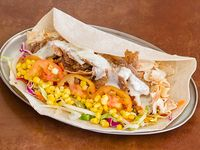 Kebab rollo + papas fritas pequeña + bebida lata 350 cc