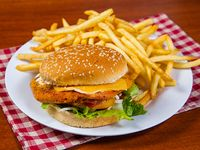Hamburguesa Nandy chicken con guarnición