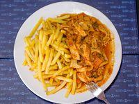 Guatitas a la italiana con papas fritas
