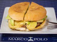 Sándwich de hamburguesa con queso