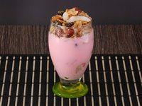 Granola con Yogurt y Fruta