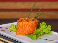 A - Sashimi de salmón (6 cortes)