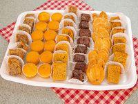 Bandeja de bocadillos dulces surtidos (50 unidades)