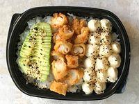 Poke sushi salad langostinos