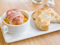 Huevos Revueltos con Panceta+ Tostada