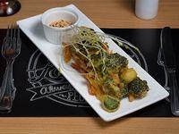 Tempura de verduras con suave mayonesa kimchie