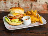 Hamburguesa Bendito´s + papas fritas