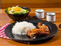 Combo 1 - 1/4 Pollo + acompañante + arroz o patacones + bebida