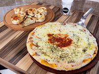 Promo Maricel - Pizza muzzarella grande + 6 empanadas