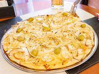 Pizza fugazzetta mediana (6 porciones)