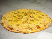 Promo A - Pizza de salsa, muzzarella y aceitunas