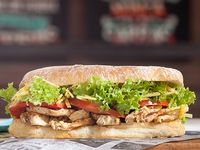 Sándwich de pollo a las brasas