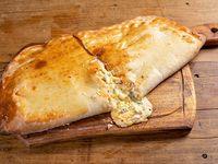 Calzone cuatro quesos