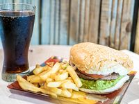 Combo 1 - Hamburguesa Italiana  + papas fritas + bebida 350 ml