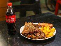 Sale - Asado con papas bravas y chorizo + Coca-Cola 600 ml