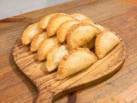 Promo - Docena de empanadas + 2 empanadas