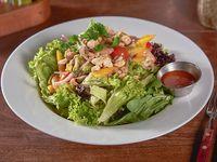 Mango & camarón salad