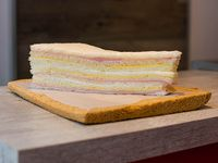 Sándwiches de jamón y queso (12 unidades)
