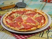 Pizza con jamón (tamaño mediano)