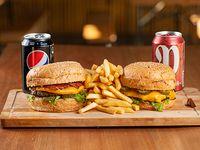 Promo 3 - Dos Burgers + 2 refrescos línea Pepsi o 2 cervezas Patricia
