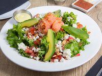 Smoke salmon honey salad