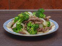 73 - Carne con brócoli