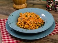 Fettuccini con salsa