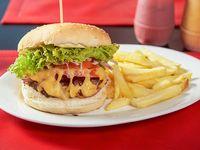 Promoción - Hamburguesa casera + Papas fritas + Bebida en lata