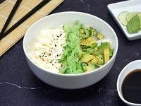 Chirashi salad palta, pepino y phila