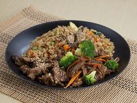 Wok Box 7 Carne Teriyaki/ Carne Brocoli Gratis Mr. Tea Botella