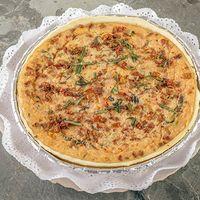 Quiche de tomate, mozzarella y albahaca