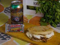 Combo arepa's - Arepa con 2 rellenos + bebida + dulce